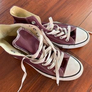MAROON HIGH TOP CONVERSE